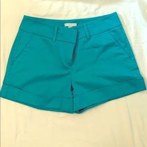 New York and Company size 6 shorts